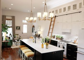 Farmhouse modern kitchen with dark cabinetry by Waypoint